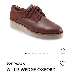 SoftWalk Oxfords